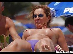 Звездами вуайеристы онлайн пляж ведут свой видеожурнал