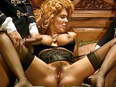 seks-film-volosatih-v-chulkah