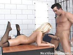 Скачать порнофильм рыжая мамаша в формате ави